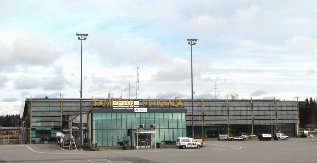 BREAKING Airbus A320 escorted to Tampere-Pirkkala Airport