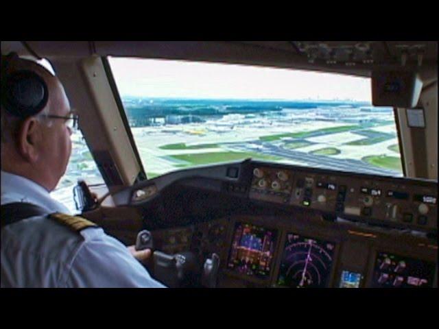 VIDEO Air Canada 777 300ER Into Frankfurt Cockpit View