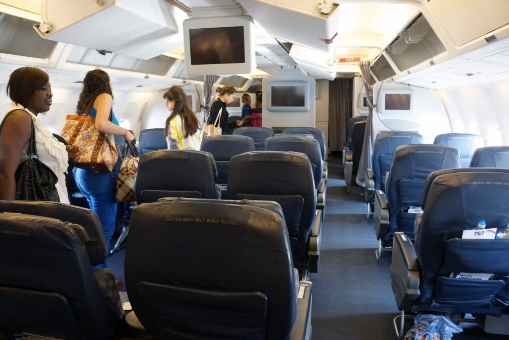 News A Passenger Says American Airlines Crew Forced Her To