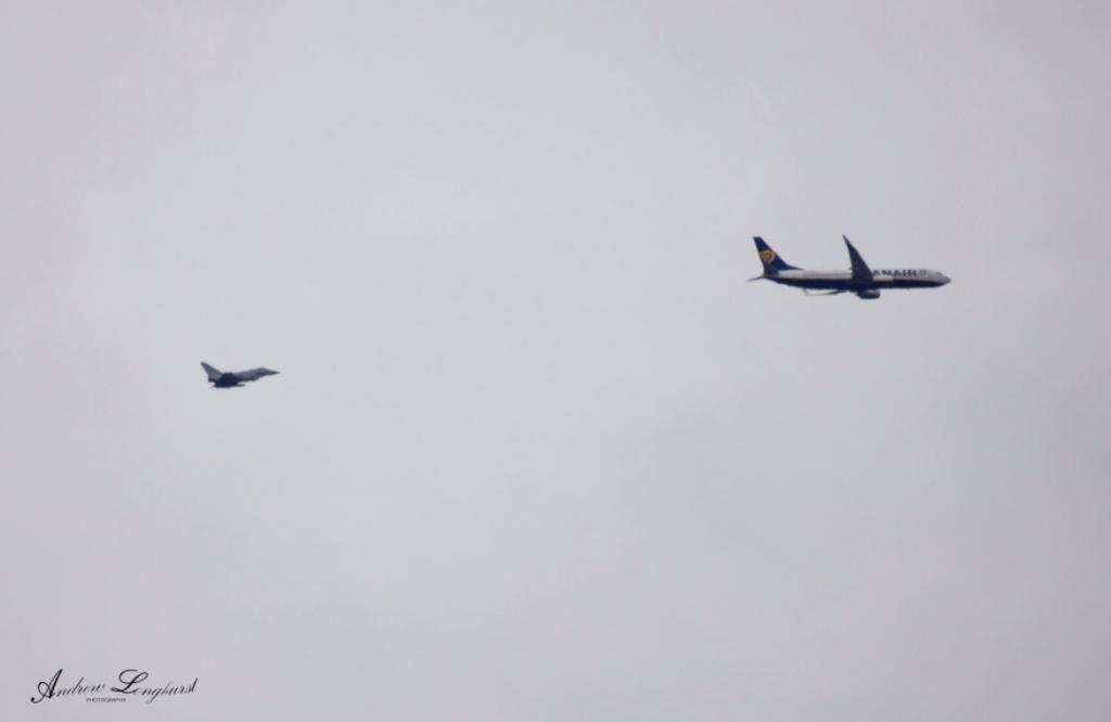 Истребители сопроводили летевший изКаунаса вЛондон самолет Ryanair