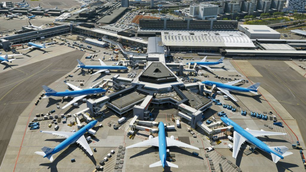 BREAKING Due system fault, planes at Amsterdam Schiphol