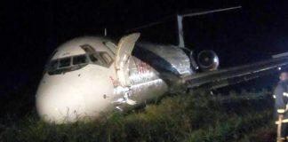 Image of plane after evacuation. Credit: @crashaerien