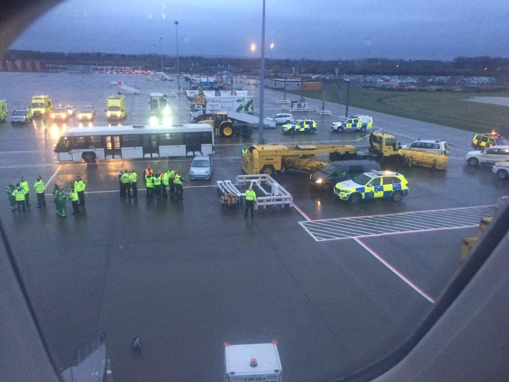ALERT Virgin Atlantic #VS610 parked at remote area after