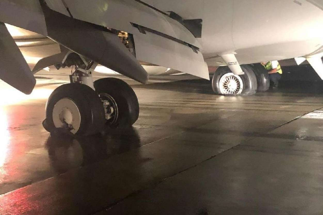 INCIDENT Fly Egypt Boeing 737 suffered all landing gear tires blown away on landing - AIRLIVE